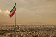 비행기 격추 후 이란 대규모 시위 강화, 알리 하메네이 사임 요구