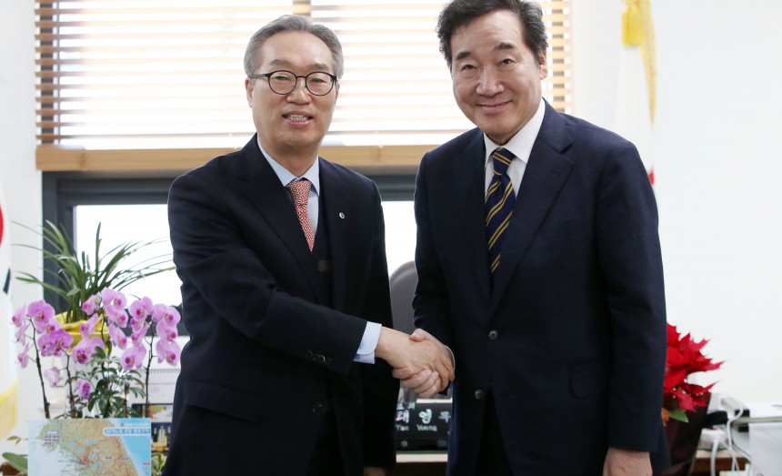 이낙연 전 총리 김태영 총회장