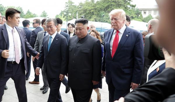 문재인 김정은 트럼프