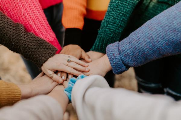미국 코로나 챌린지 / 미국 기독교 지도자, 연예인, 운동선수 등이 코로나19 사태로 재정적인 어려움을 겪고 있는 교회를 돕기 위해 힘을 뭉쳤다.