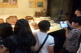 한신대 박물관에서는 '길 위의 인문학' 사업을 통해 지역 초·중학생 대상 창의체험 교육프로그램을 진행하고 있다.