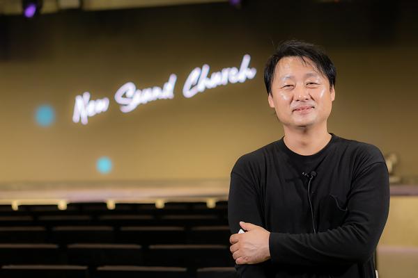 천관웅 목사