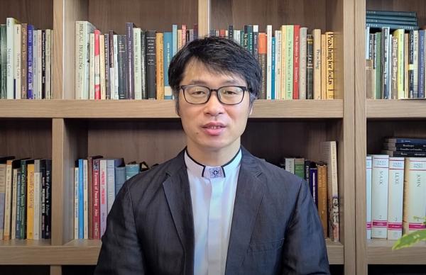 최진봉 교수