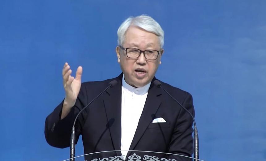이동원 목사가  '6.25 70주년 주일예배'에서 말씀을 전하고 있다.