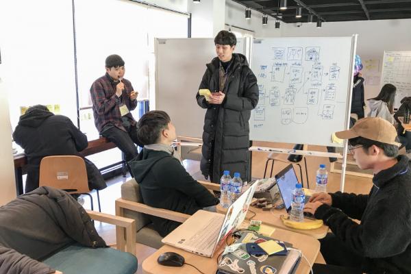 과거 한동대학교 개최 Design Sprint 팀 활동 사진