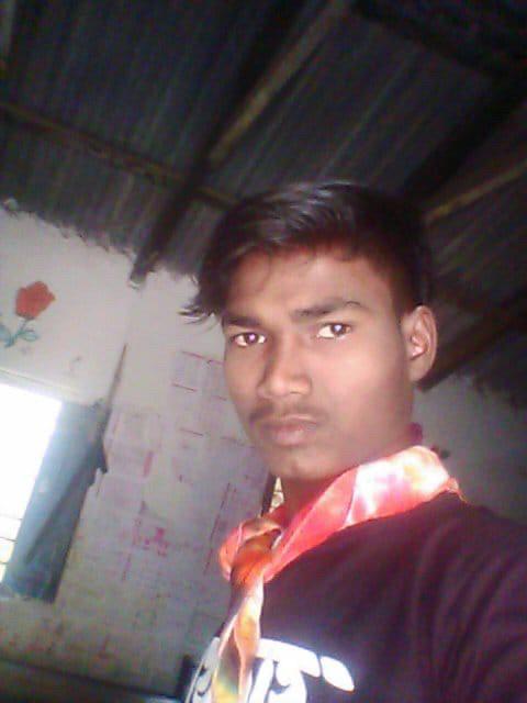 지난달 4일, 인도 오디샤주 말캉기리 지구에 사는 켄두쿠다 마을의 16세 기독교인 소년 사마루 마드카미. 그는 인도 힌두과격주의자들에 의해 돌에 맞아 죽었다고 한국순교자의소리는 전했다.
