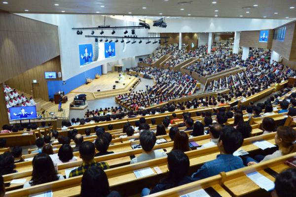 부전교회 예배 사진