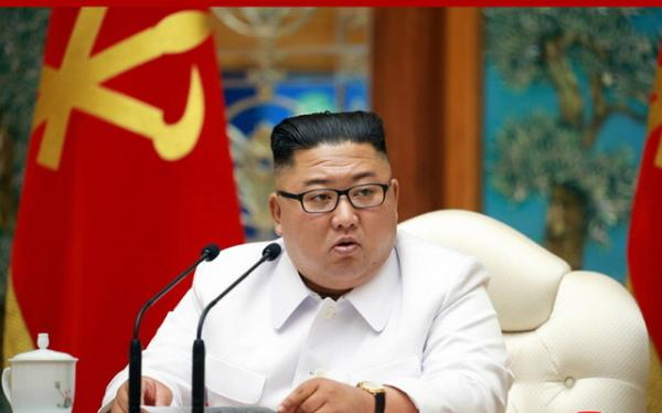 25일 노동당 중앙위원회 비상확대회의 소집한 김정은 국무위원장.