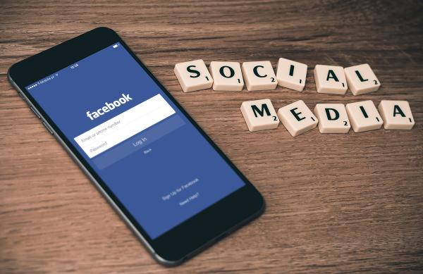 소셜 미디어 페이스북