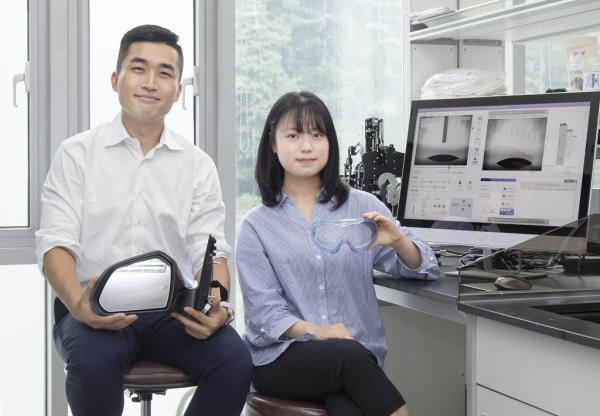 이화여대 박지훈 교수(왼쪽)와 제1저자로 참여한 석사과정 김슬비 씨