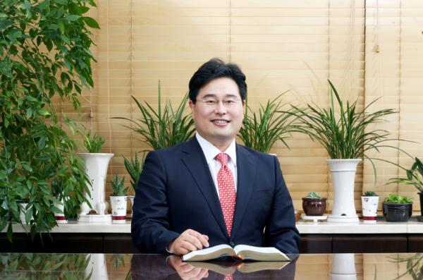 김석홍 목사