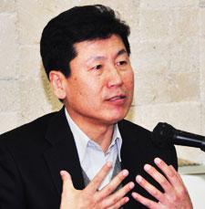 한신대 강인철 교수