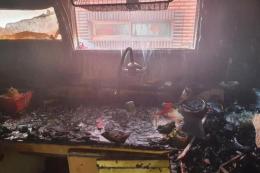 지난 14일 오전 11시16분께 인천시 미추홀구의 한 빌라 건물 2층에서 불이나 A군과 동생 B군이 중상을 입었다. 사고는 어머니가 집을 비운 사이 형제가 단둘이 라면을 끓여먹으려다 발생한 것으로 조사됐다.(사진은 인천소방본부 제공)