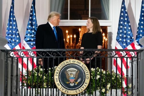 에이미 코니 배럿 트럼프 대통령
