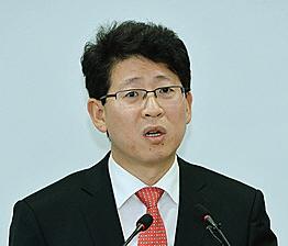 최기식 전 법무부 통일법무과장