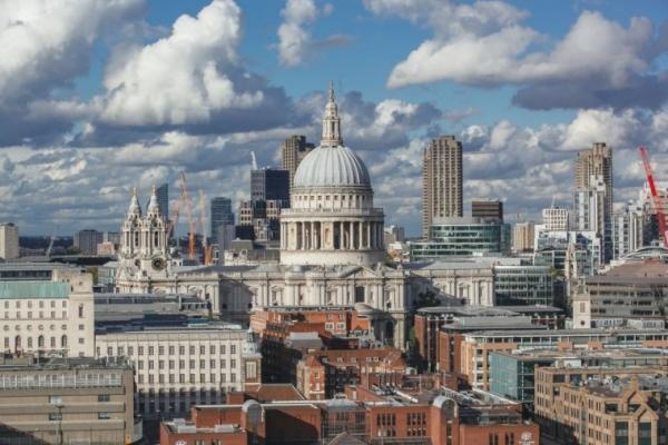 영국 런던