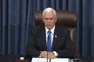 마이크 펜스 부통령이 6일(현지시간) 조 바이든 차기 미국 대통령 당선인 승리 확정을 위한 의회 회의를 재개하고 있다.