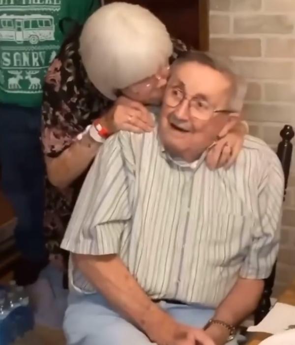 인스타그램 wonderful.world.pic  할아버지와 할머니의 오랜사랑