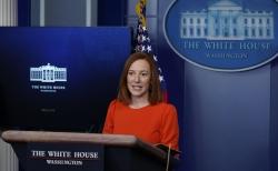 젠 사키 백악관 대변인이 21일(현지시간) 백악관 기자실에서 일일 브리핑을 하고 있다. 사키 대변인은 조 바이든 대통령이 러시아와의 '전략무기감축협정'(뉴스타트·New Start)을 5년 연장하는 방안을 추진 중이라고 밝혔다.