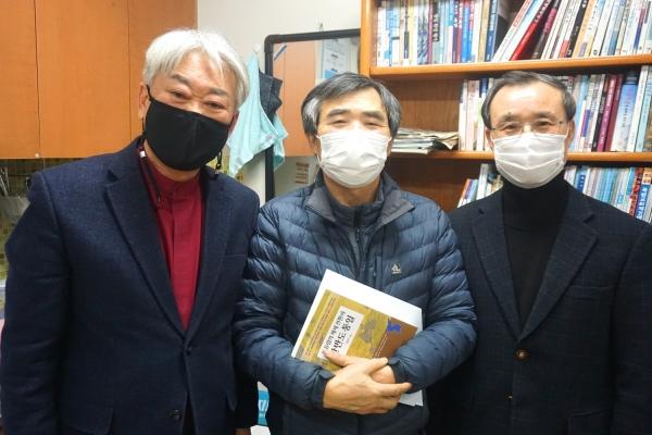 26일 박영환 교수 이민복 단장 토론