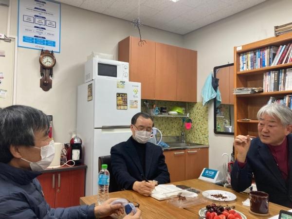 (왼쪽부터) 이민복 단장, 강병오 교수(서울신대), 박영환 교수 토론