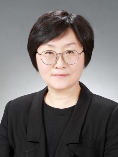 한남대 의류학과 김윤희 교수