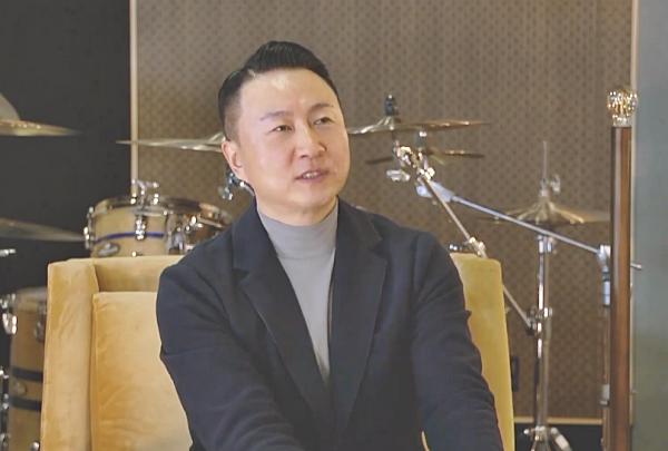 작곡가이자 방송인 주영훈 집사