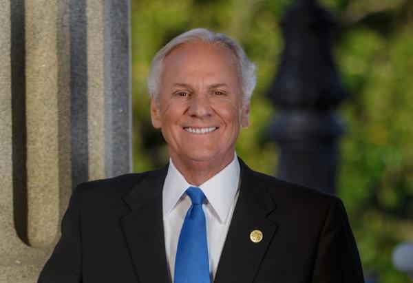 핸리 맥마스터(Henry McMaster) 사우스캐롤라이나 주지사