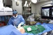 인공심박동기 시술 장면