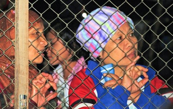 2010년 카렌족 난민 여성.