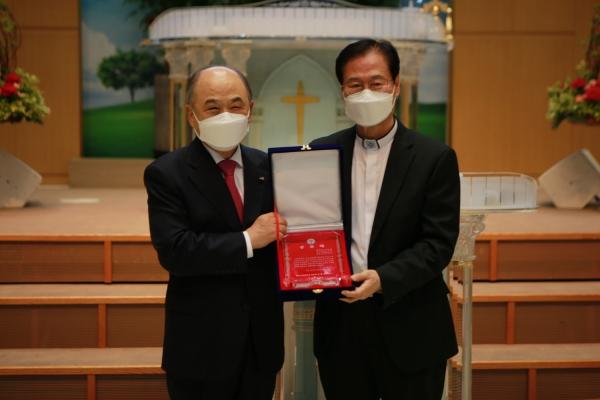 권태진 목사 한국교회법학회 서헌제 교수