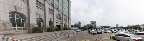 선한목자교회 주차장