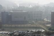 2월3일 중국 후베이성 우한시의 바이러스연구소내 생물안전 4급(P4) 실험실 전경. 코로나19의 기원을 밝혀내기 위해 중국 후베이성 우한을 방문 중인 세계보건기구(WHO) 조사단이 이날 우한바이러스연구소를 방문했다. ⓒ뉴시스