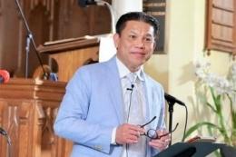 피터 야네스 목사