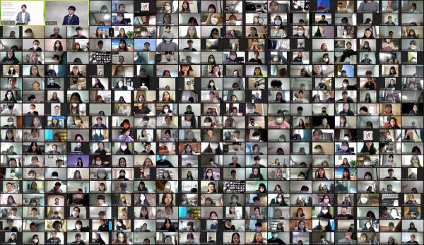 성누가회가 지난 18일과 25일 약 400여명의 대학생들과 함께 의료봉사 사전 모임을 온라인으로 열었다.