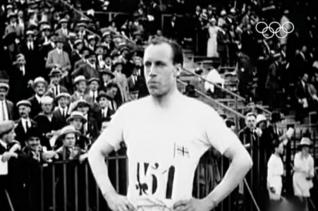 에릭 리들. 1924년 파리올림픽에서 자신의 주종목이 아닌 400m 육상대회에서 금메달을 목에 건 그는 하나님의 임무를 수행하기 위해 중국 선교사로 활동하다 순고했다.