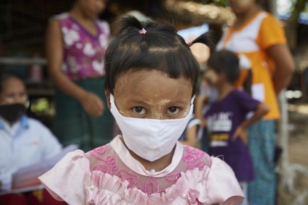 월드비전을 통해 코로나 긴급구호사업 지원을 받은 미얀마 아동