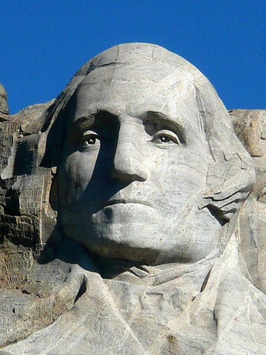 미국 러시모어산에 조각돼 있는 '조지워싱턴' 제1대 미국 대통령의 두상
