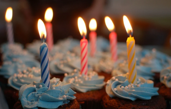 생일 맞은 사람을 위한 좋은 성경구절엔 뭐가 있을까?