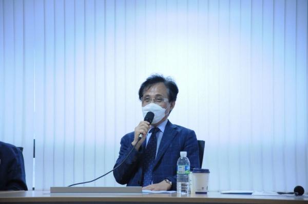 김주한 교수